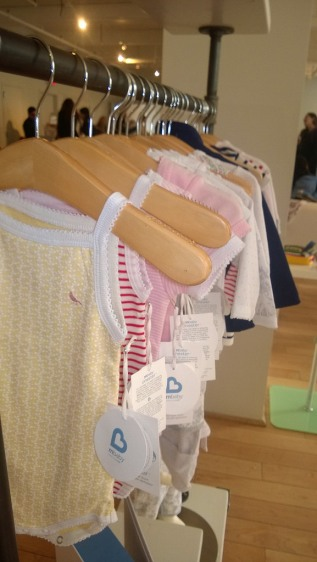 MBaby clothes by Munchkin