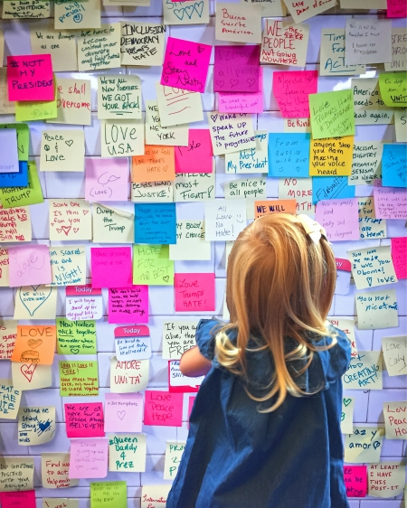 subway-therapy-post-it-notes