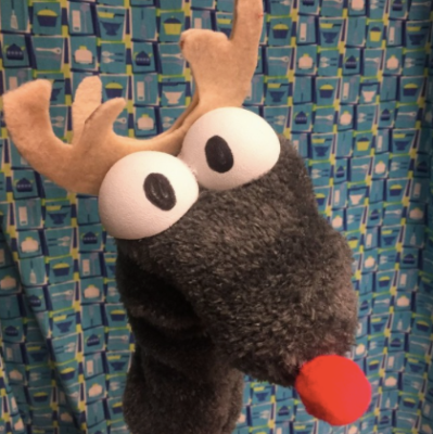 puppet-kitchen-reindeer
