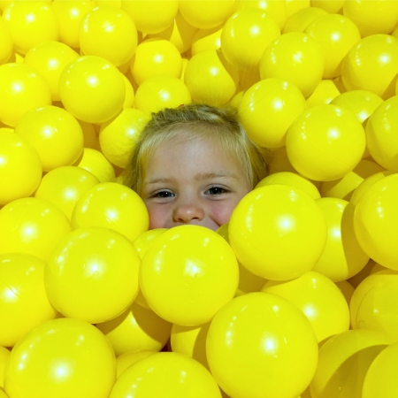 lilstrange yellow ball face